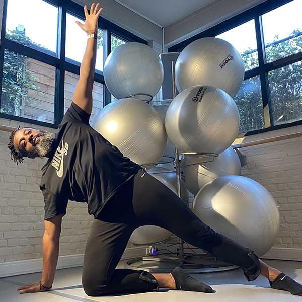 bodyArt discipline inspirée du yoga, du Pilates et du fitness à Bruxelles